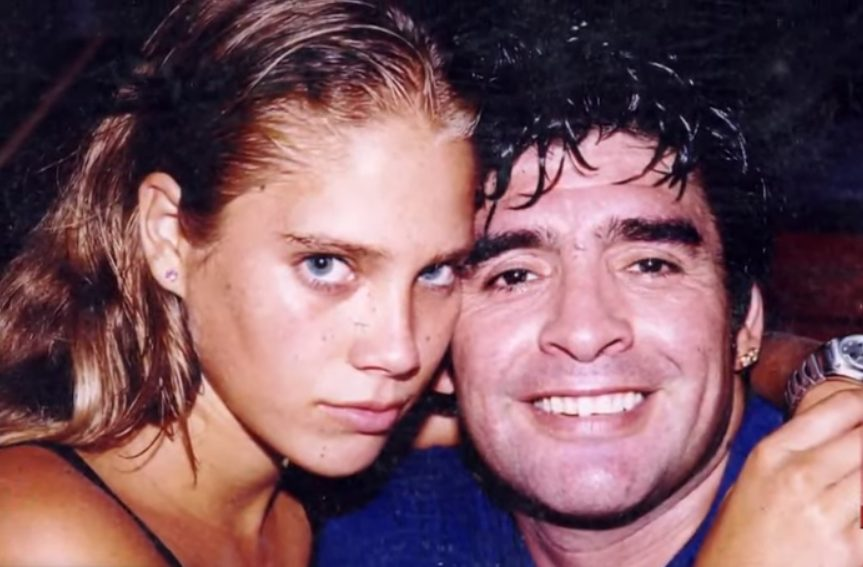 Mavys Álvarez y Maradona