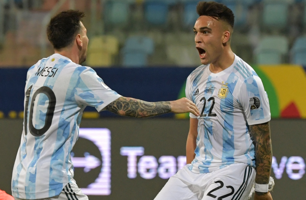 Luego de la expectativa generada, Lionel Messi y Lautaro Martínez fueron nominados al Balón de Oro. Es la 15° nominación para el rosarino.