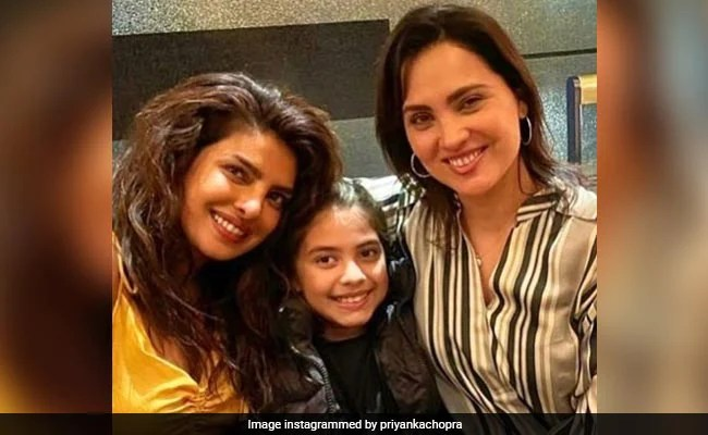 """""""21 Years And Counting"""": Priyanka Chopra And Lara Dutta Caught Up In London. Dia Mirza Comments"""