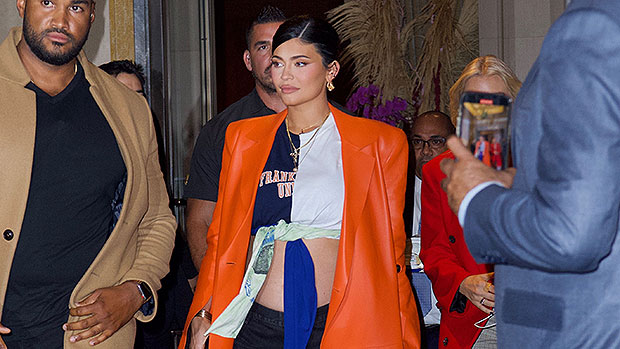 Pregnant Kylie Jenner Shows Off Her Bare Baby Bump In A Crop Top While In NYC — Photos