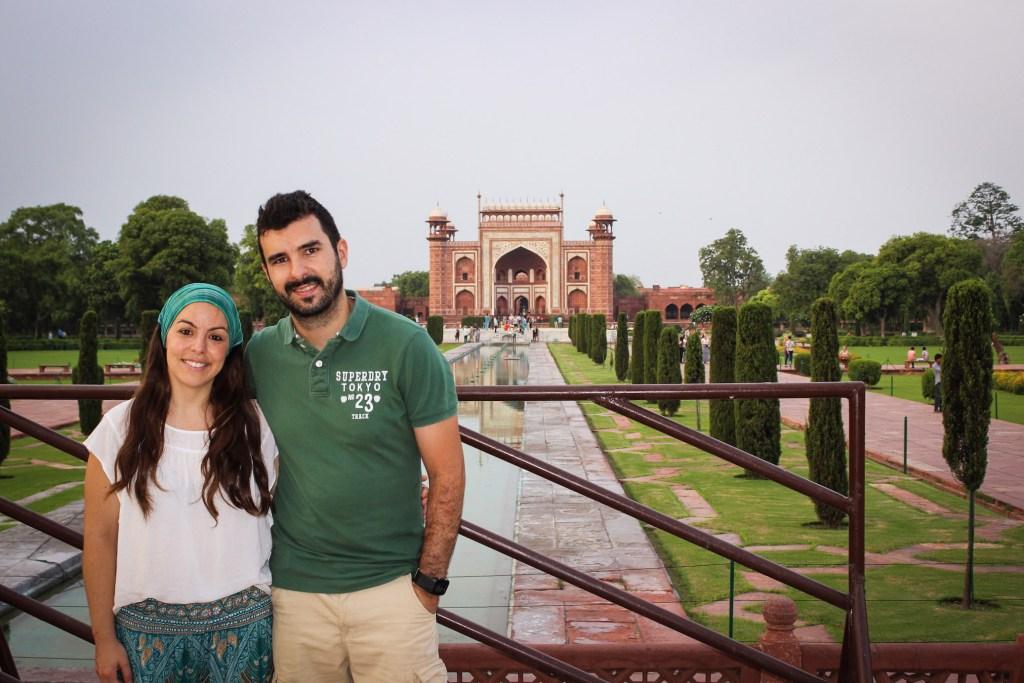 Taj Mahal, Agra - Entre nubes de algodon