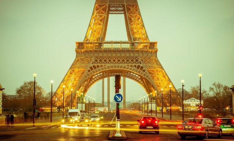 "Photo of Fala Aí, Juventude! – Texto: ""Paris"" – Talia Piran"