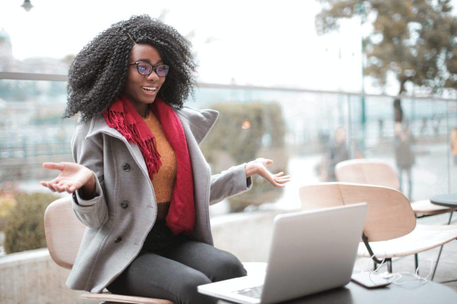 Pourquoi les travailleurs veulent continuer d'exercer en télétravail