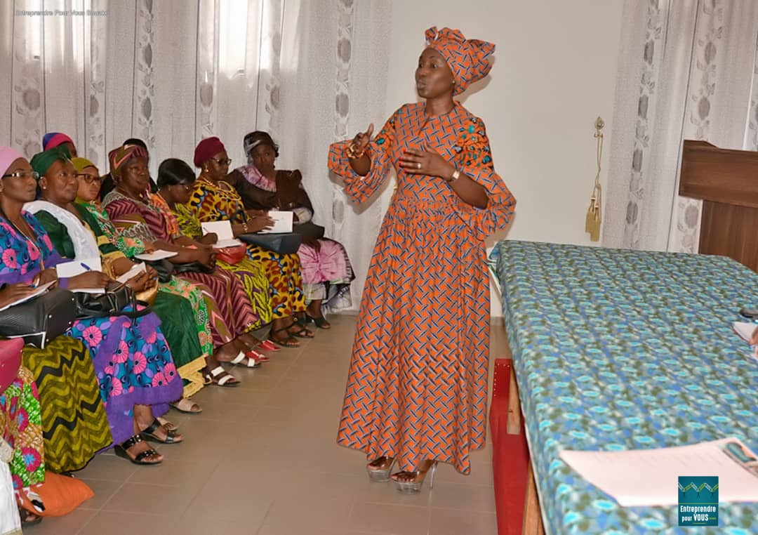 Bouaké / La présidente d' Entreprendre Pour Vous pose les jalons de l'autonomisation de la femme lors d'un atelier