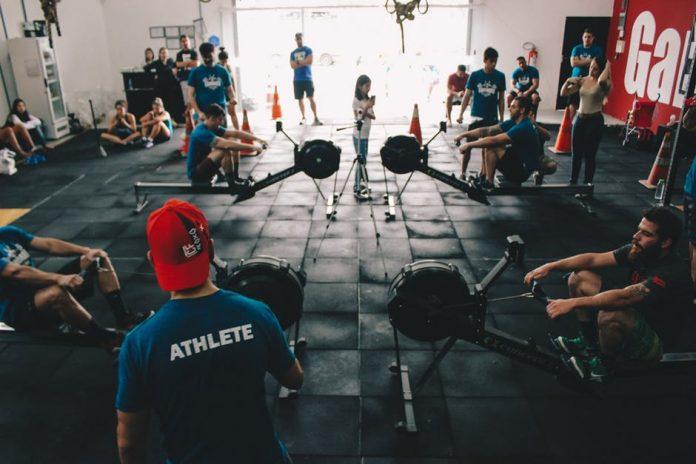 tempat fitnes - gym