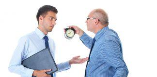 karyawan disiplin dalam bekerja