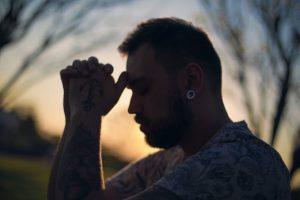 manfaat bangun pagi berdoa pada tuhan