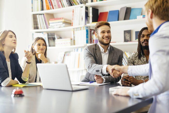 tips meeting dengan klien - tim baru di kantor