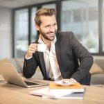 pemimpin yang berkualitas di tempat kerja - memaksimalkan profil linkedin