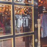 buka toko offline atau toko online