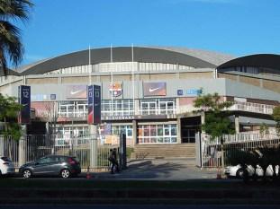 Los amantes al fútbol también tienen su espacio en Barcelona. Estadio del equipo de la ciudad uno de los más importantes de España.
