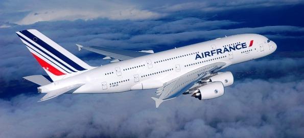 Primer Airbus A380 de Air France. Foto: Airbus - e'm / H. Goussé