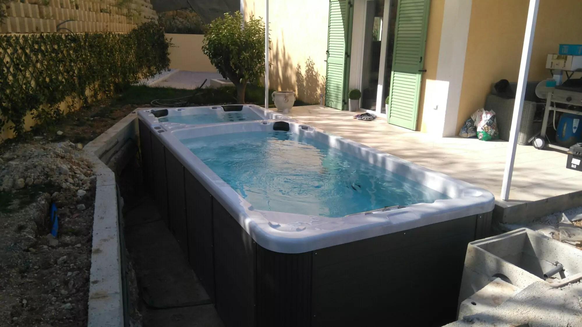 100 bassin de nage jacuzzi piscine piscine de petite taille piscine xs mini piscine for Piscine venissieux