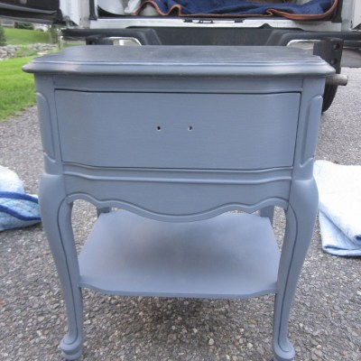 Small End Table in Annie Sloan Old Violet & Graphite – Before & After