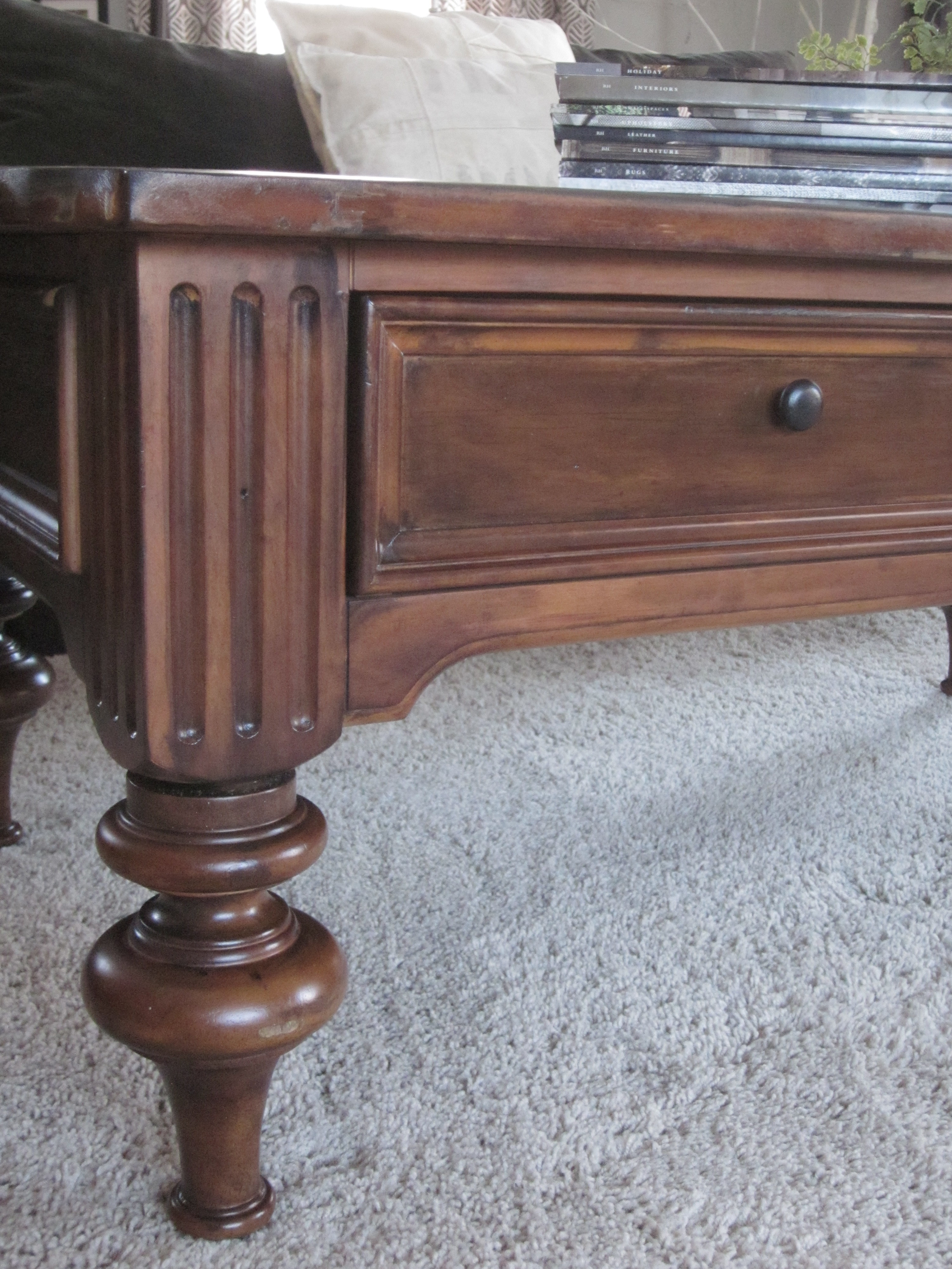 Traditional Coffee Table. The Turned Legs ...