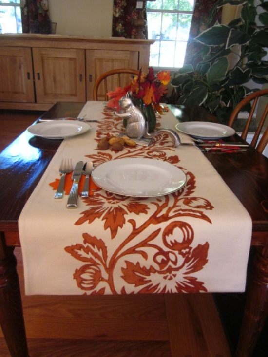 Kids' Thanksgiving Farm Table by EntriWays.com