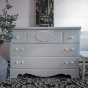 Fab Furniture Flippin Contest:  'Spray It Pretty' with HomeRight
