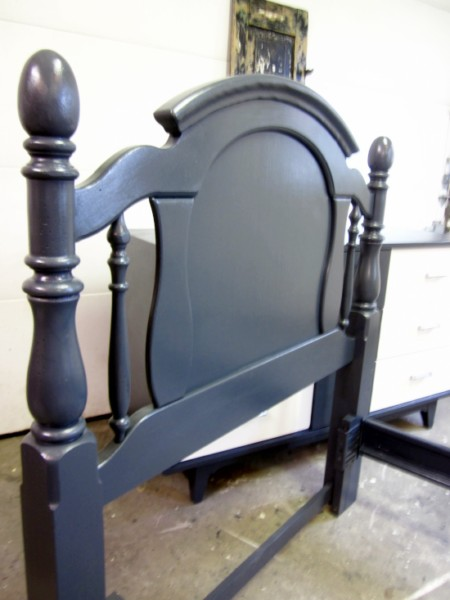 Navy Blue Twin Bed, Benjamin Moore Abyss