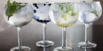 varias-copas-de-gin-tonic