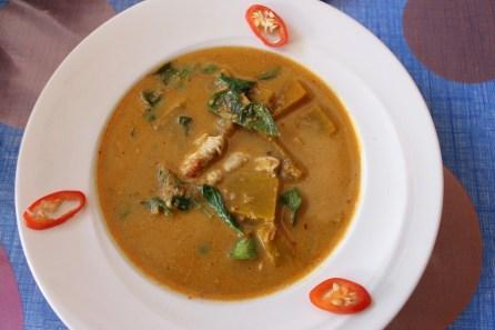 Un curry rouge.
