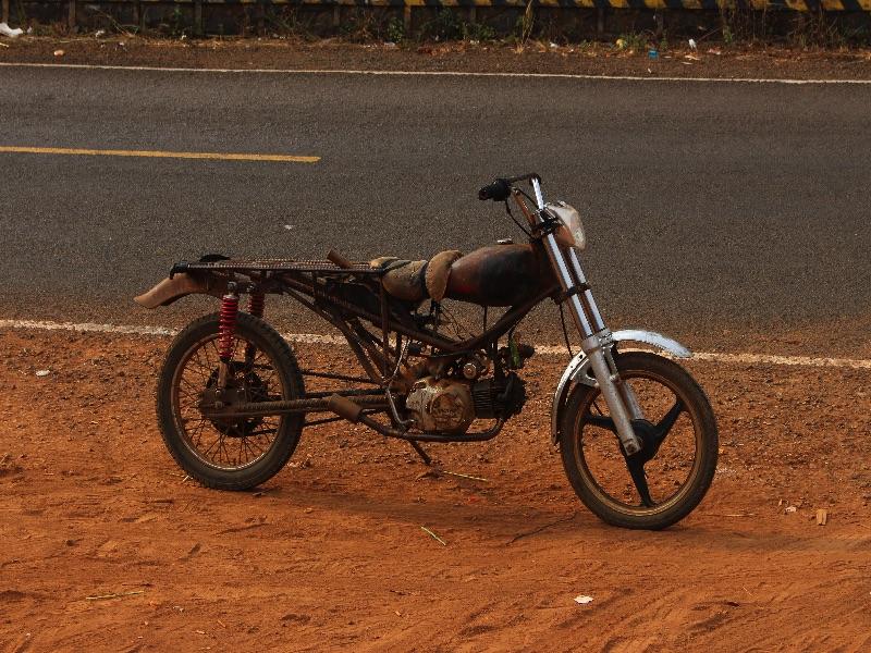 Sympa les motos au Cambodge!