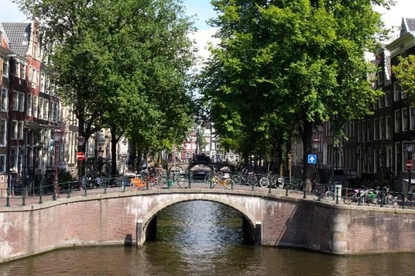 petit-canal-pont-amsterdam