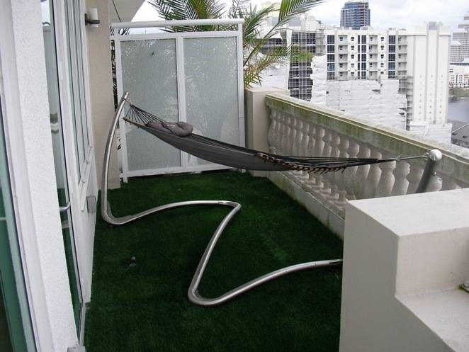 Florida Balconies Terraces and Roofs with Synthetic Grass
