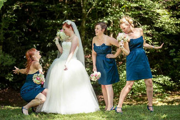 14 Top Wedding Photography Pose Ideas For The Bride