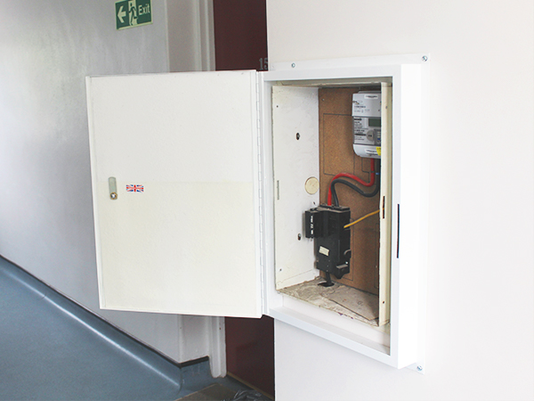 electrical consumer unit installation