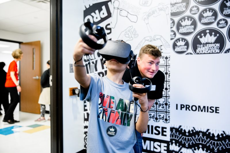getting kids into VR