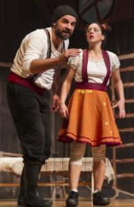 Στιγμιότυπο από τη θεατρική παράσταση «Χάιντι, το κορίτσι των βουνών»