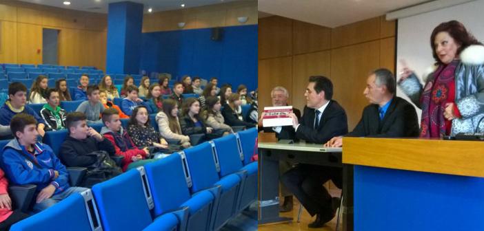 Παρών ο Δήμος Αμαρουσίου σε επίσκεψη μαθητών του Διδυμότειχου στο υπ. Παιδείας