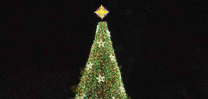 Ο Δήμος Μεταμόρφωσης ανάβει το χριστουγεννιάτικο δένδρο του