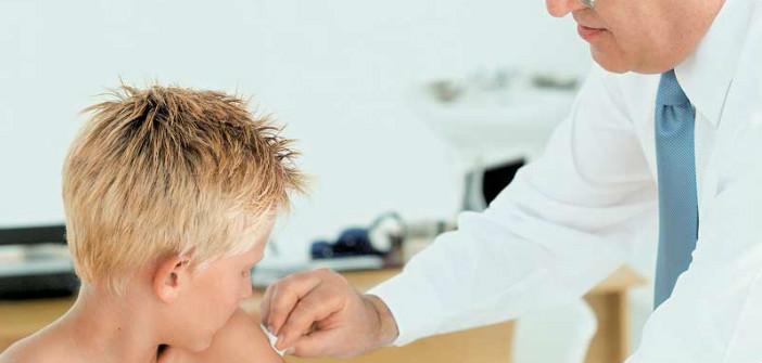 Εμβολιασμοί παιδιών στο Κέντρο Προληπτικής Ιατρικής του Δήμου Χαλανδρίου