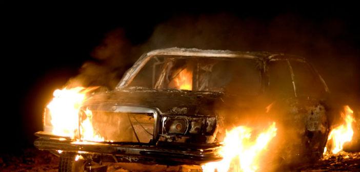 Φωτιά σε αυτοκίνητο στον Διόνυσο