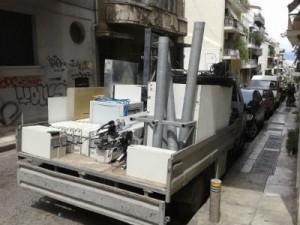 Αποξήλωση κεραίας στην οδό Ιπποκράτους στην Αθήνα