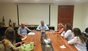Ο πρόεδρος της ΚΕΔΕ με εκπροσώπους της Πανελλαδικής Φιλοζωικής Περιβαλλοντικής Ομοσπονδίας