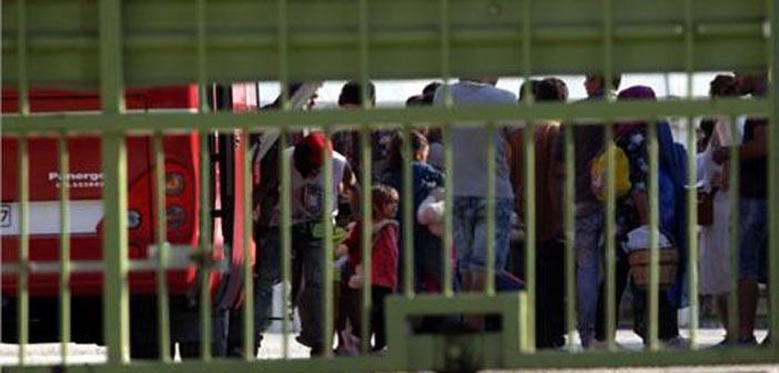 Ολοκληρώθηκε η μεταφορά των προσφύγων στον Βοτανικό