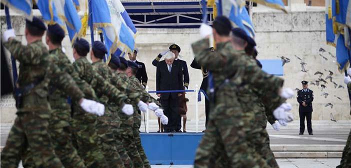 Κορυφώθηκε με τη στρατιωτική παρέλαση ο εορτασμός της 25ης Μαρτίου
