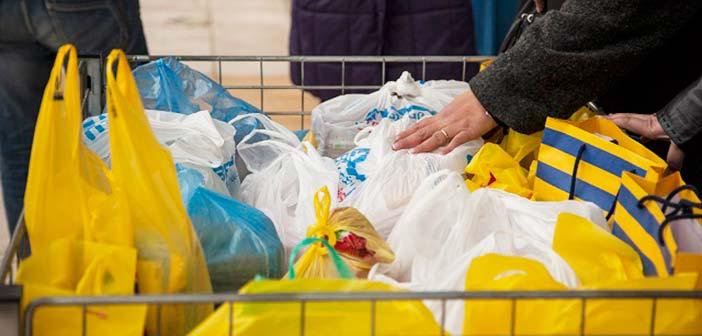 Συγκέντρωση τροφίμων για το Κοινωνικό Παντοπωλείο Λυκόβρυσης – Πεύκης