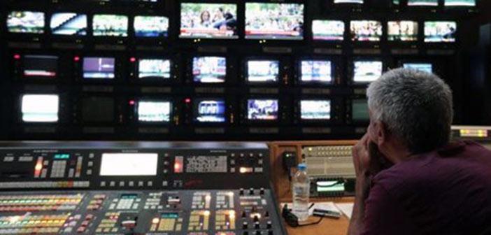«Αλληλοκτυπήματα» στο… παραπέντε του διαγωνισμού για τις τηλεοπτικές άδειες