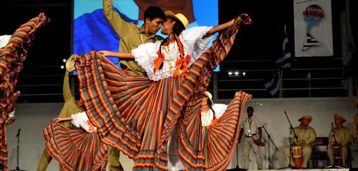 Χορευτές του Κόσμου… επισκέπτονται το Θέατρο Ρεματιάς Χαλανδρίου