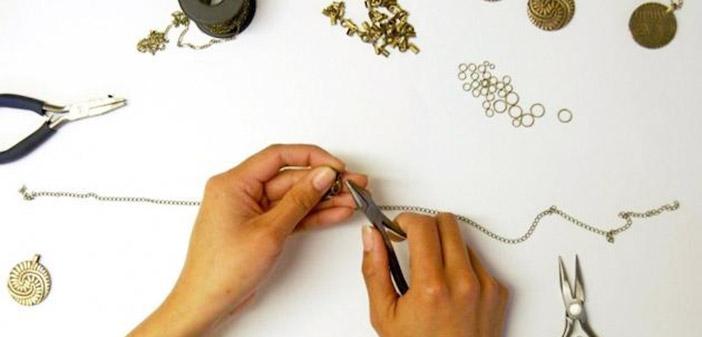 Έκθεση κοσμήματος – εικαστικών στο ΚΕΜΜΕ