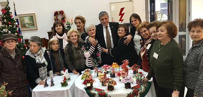 Τα μέλη του ΚΑΠΗ Αμαρουσίου γιόρτασαν τον ερχομό των Χριστουγέννων