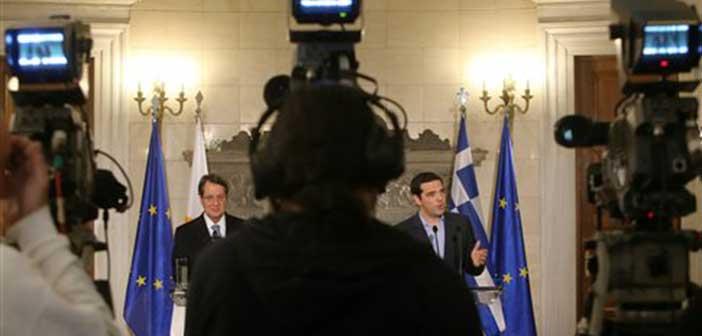 Ασφυκτικές οι πιέσεις σε Αθήνα και Λευκωσία εν όψει Γενεύης