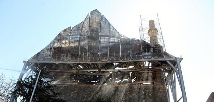 Άμεση αποκατάσταση της ζημιάς στο τέμενος Βαγιαζήτ ζητούν οι αρχαιολόγοι