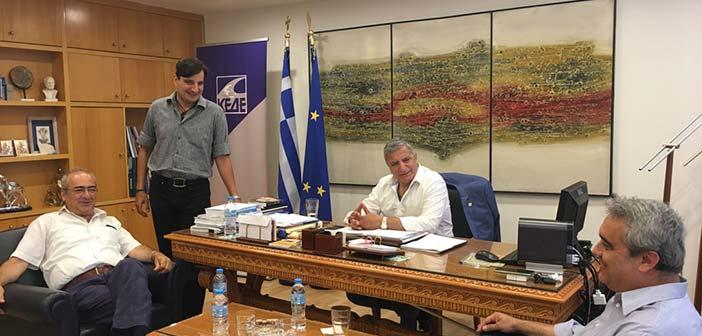 Συνάντηση προέδρου ΚΕΔΕ με την ΠΟΠ-ΟΤΑ για τους συμβασιούχους