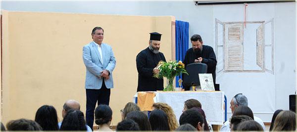 Ο δήμαρχος Φιλοθέης – Ψυχικού σε τελετές αγιασμού σχολείων του Δήμου