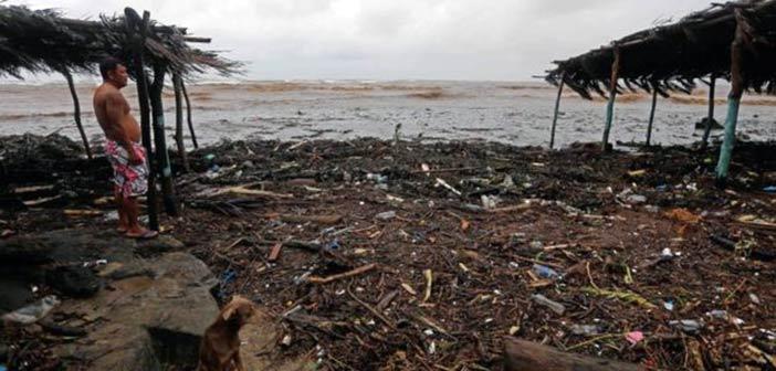 Στους 20 οι νεκροί στην Κ. Αμερική από την τροπική καταιγίδα «Νέιτ»
