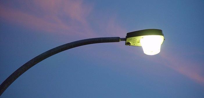 Προβλήματα με τον φωτισμό δρόμων στη Μεταμόρφωση